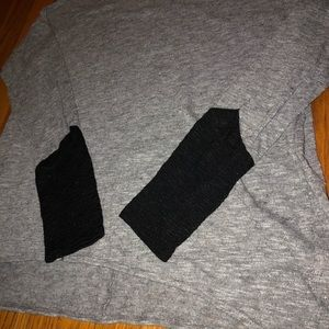 Old Navy Sweaters - Old Navy Light Sweater